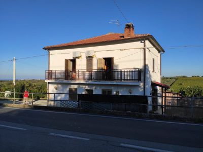 TOLLO Santa Lucia Casa indipendente su due livelli